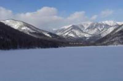美生ダム湖